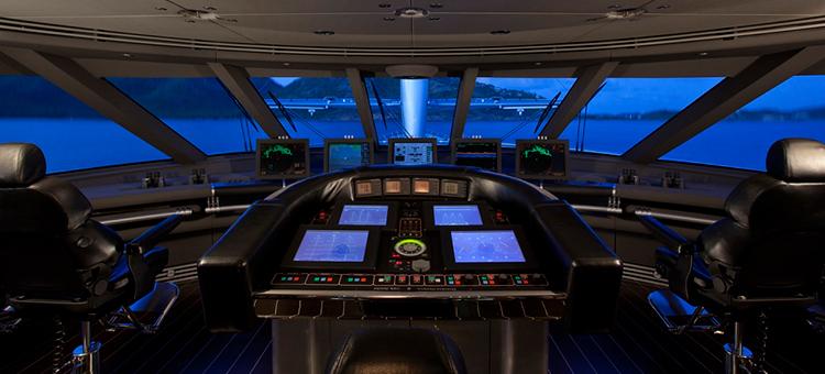 Интерьер мега-яхты Maltese Falcon Perini Navi