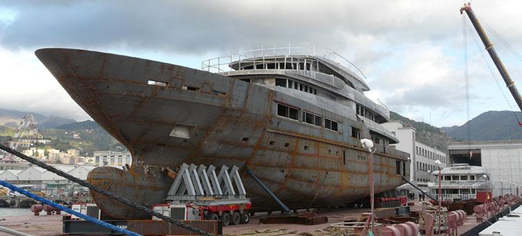 Супер-яхта TANKOA S693 на верфях Tankoa Yachts в Генуе