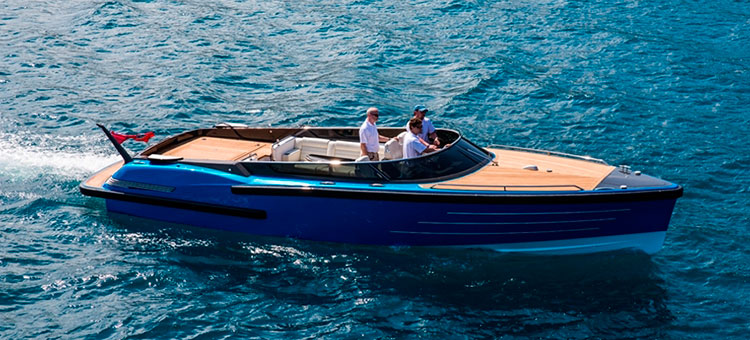 Andrew Winch Designs for Compass Yachts Open T/T Madame Gu