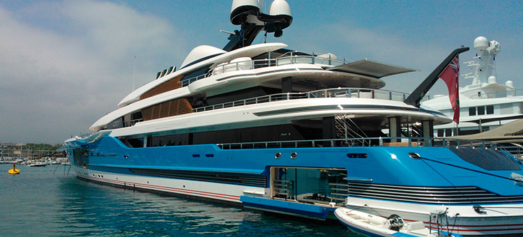 Andrew Winch Designs for 99m Feadship Madame Gu