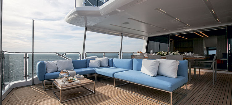 Экстерьер Benetti Tradition Supreme 108 - My Paradis