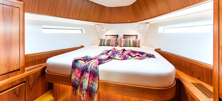 Interior Contest 52MC flybridge