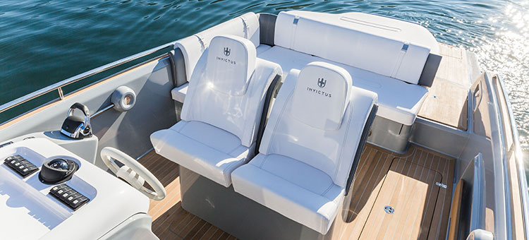 Invictus 280GT by Invictus Yachts