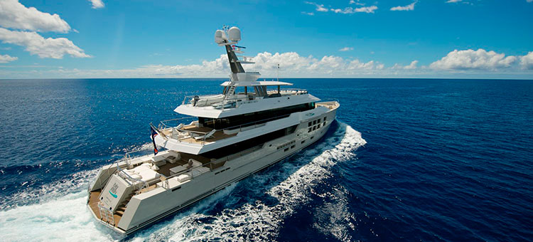 Superyacht Big Fish by McMullen & Wing