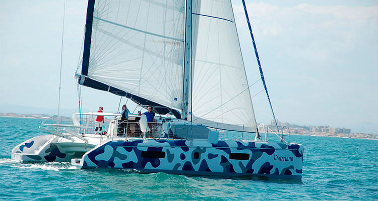 Катамаран Waterland (Outremer Yachting)