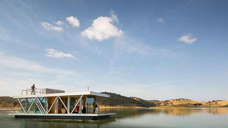 Плавающий дом Floatwing от Friday