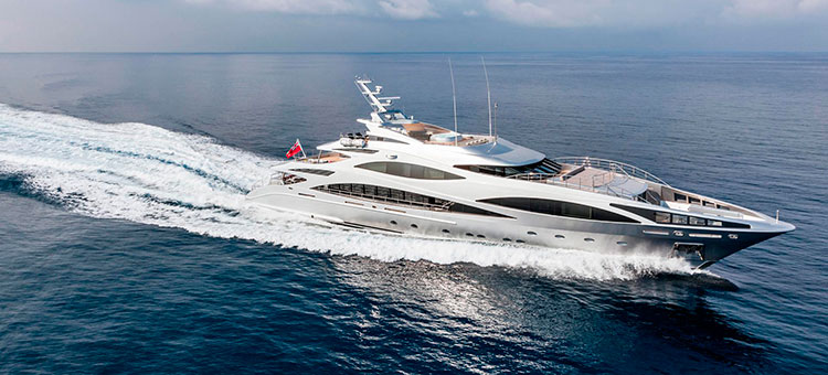 Супер-яхта Benetti FB502 Panthera