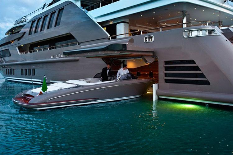 На борту супер-яхты Jade от CRN Yachts (фотосет)