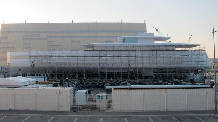 Мега-яхта Стива Джобса Venus поставлена на ремонт во Франции