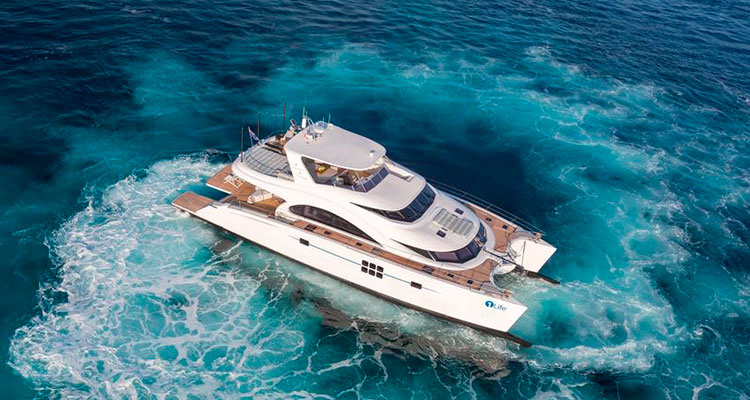 Моторный катамаран модели 70 Sunreef Power от Sunreef Yachts