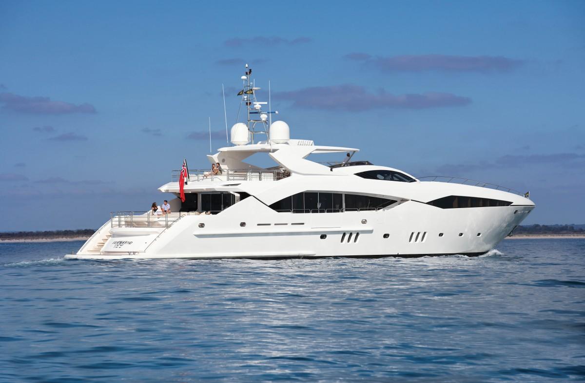 Моторная супер-яхта Sunseeker 130 Sport Yacht | Каталог ruYachts