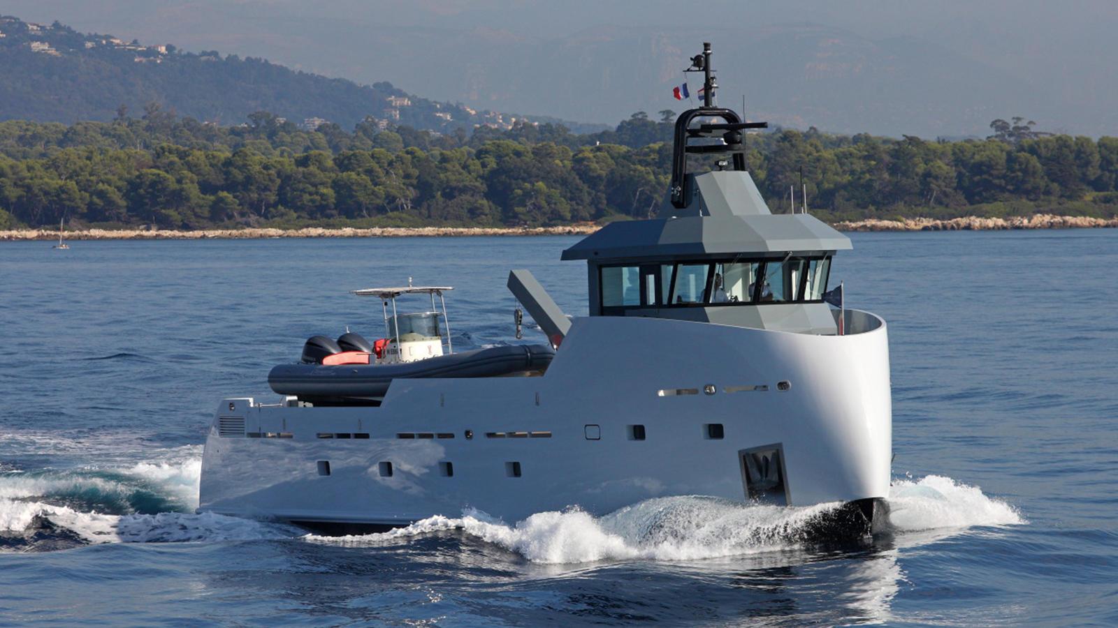 Судно поддержки яхт YXT 24 верфи Lynx