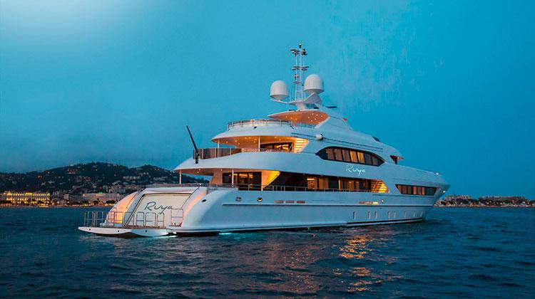 Новая 47-метровая яхта Ruya от Heesen продана клиент из США